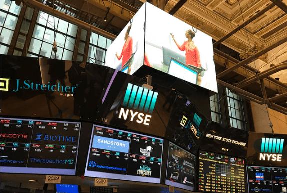 Invertir en los maniquíes del mercado de valores Quién dirige las bolsas de valores